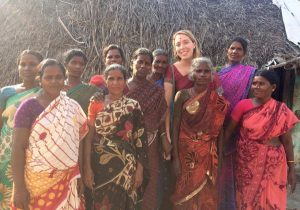 Marion, ex Service Civique en Inde pour la Fondation Credit At People ...